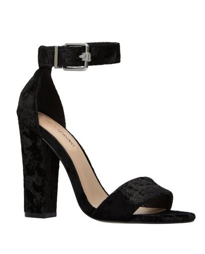 Zwarte velvet sandalen