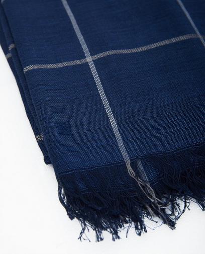 Donkerblauwe sjaal