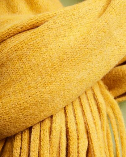 Okergele sjaal