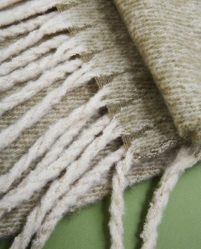 Écharpe avec des franges