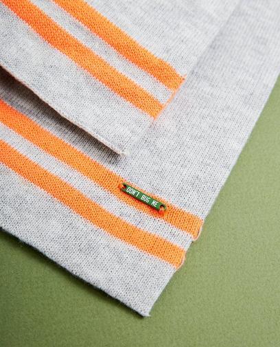 Écharpe gris clair