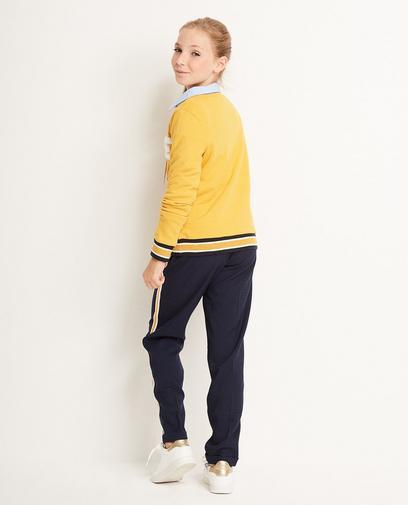 Okergele sweater