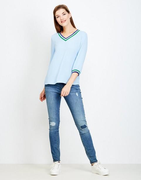 f45b0769b4e Sportieve blouse in ijsblauw JBC | JBC België