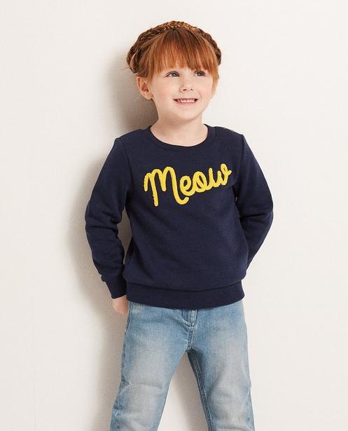 Sweater - Navy - Sweater mit Bouclé-Aufschrift