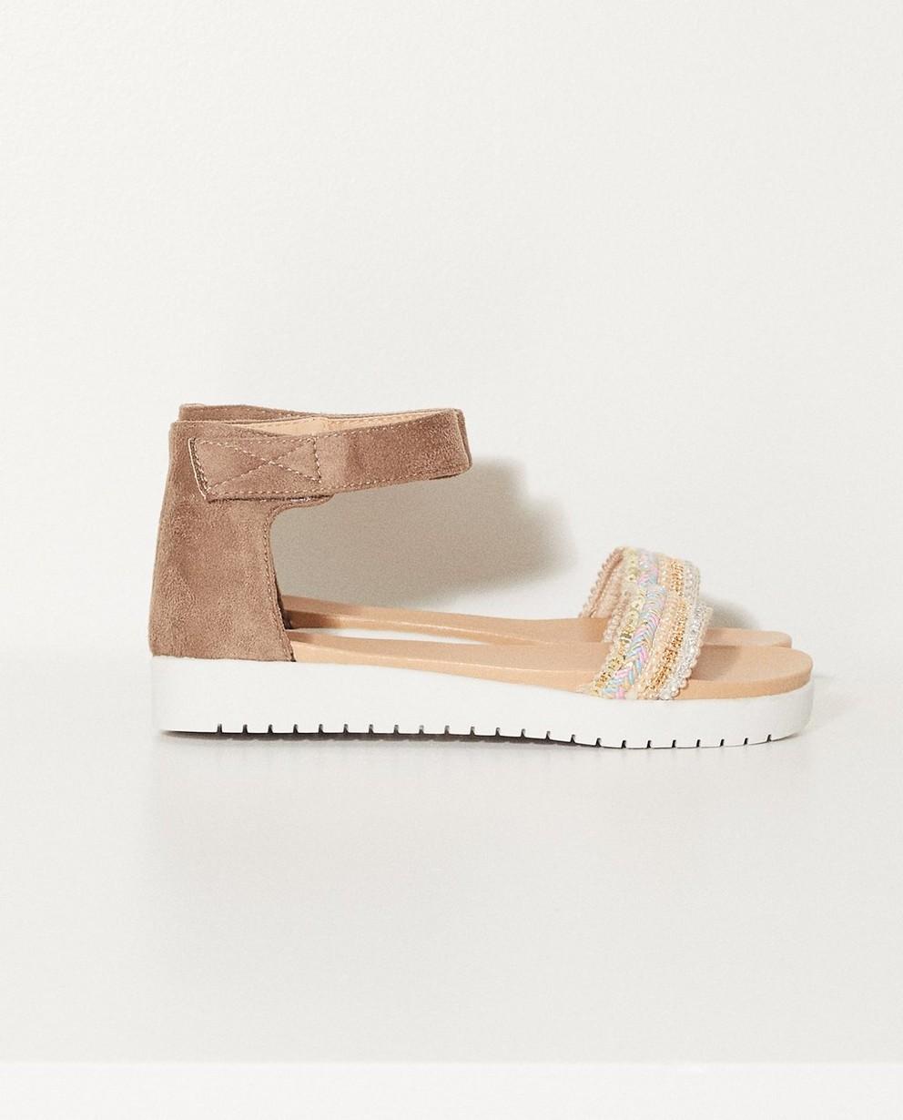 Sandales avec bande de velcro - Avec des petits coquillages - JBC