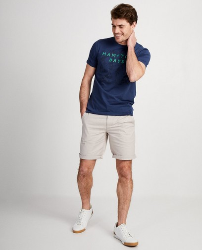Cool dans ton T-shirt Hampton Bays !