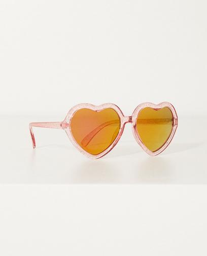Zonnebril in hartjesvorm