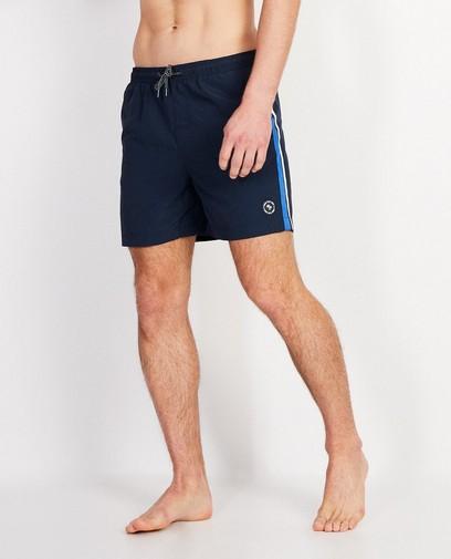 Short de bain bleu foncé