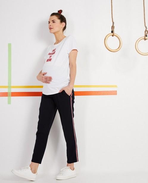 Hose mit sportlichen Streifen - und verstellbarem Bund - Joli Ronde