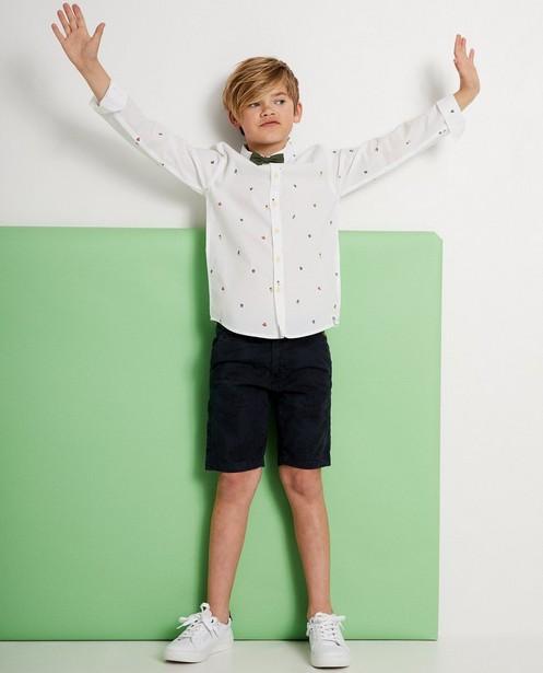 Wit hemd met vlinderdasje en print - Met zomers printje - JBC