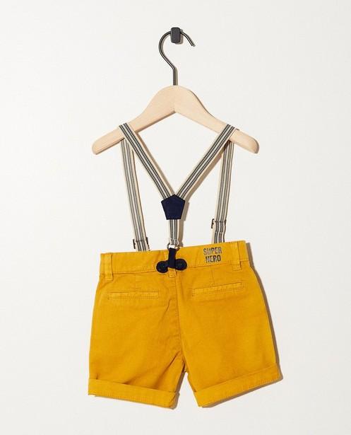 Shorts - geel oker - Okergele short met bretellen