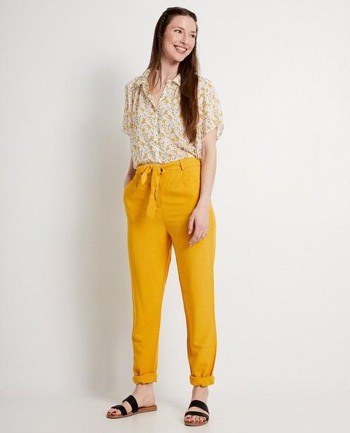 Witte blouse met bloemenprint - gele bloemetjes - JBC
