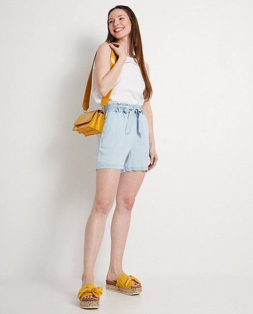 Lichtblauwe short van lyocell - met paperbag waist - JBC