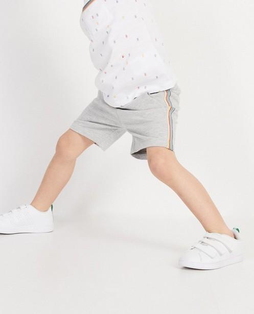 Shorten - Lichtgrijze short met strepen