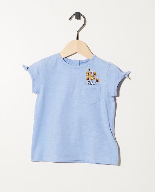 T-shirt bleu clair en coton bio - avec des fleurs - JBC