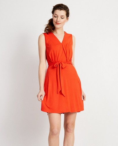 Robe orange, ceinture à nouer