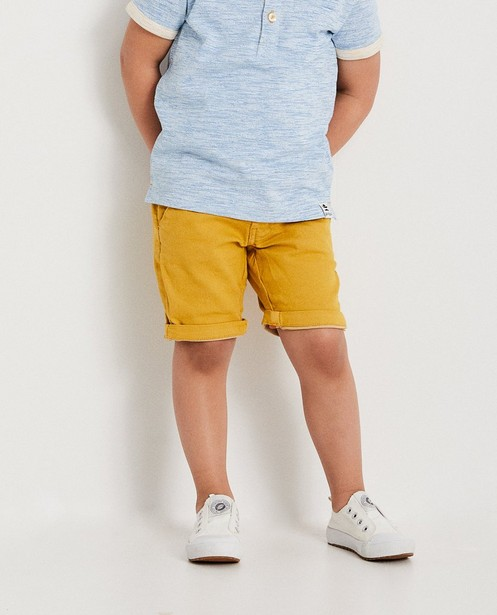 Shorts - geel oker - Okergele short, 2-7 jaar