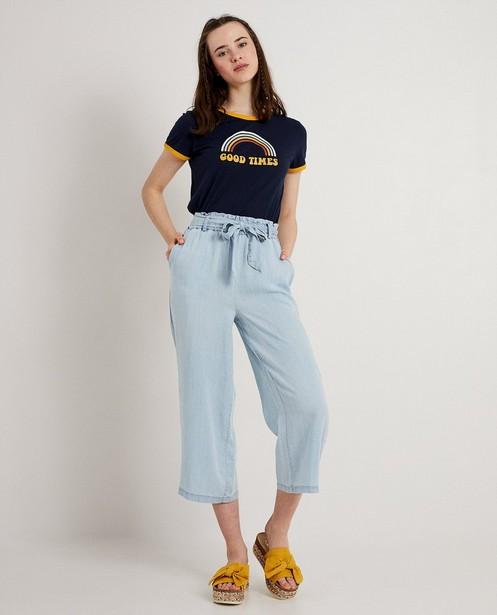 Donkerblauw T-shirt met print - met hippie-lettertype - JBC