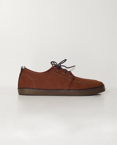 Chaussures à lacets brunes véganes