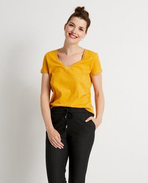 T-shirts - GLD - Okergeel T-shirt met glitter
