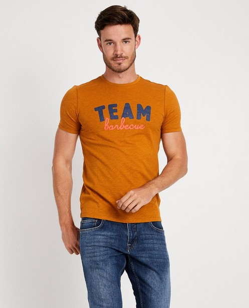 T-shirts - Terracotta T-shirt met opschrift