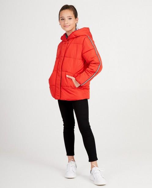 Veste rouge - avec des surpiqûres - JBC
