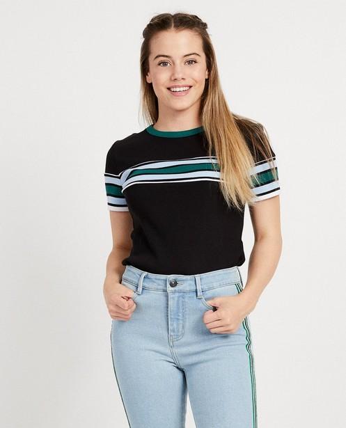 T-shirts - ZWM - Zwart T-shirt met color block