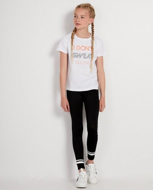Weißes T-Shirt mit Aufschrift - in Rosa und Schwarz - JBC