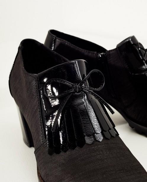 Schoenen - Zwarte schoen met hak