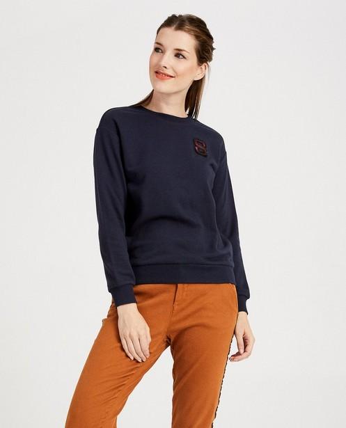 Sweaters - BLD -