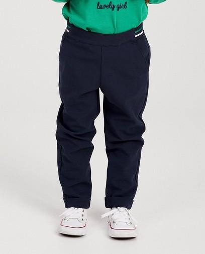 Blauwe broek met groene streep