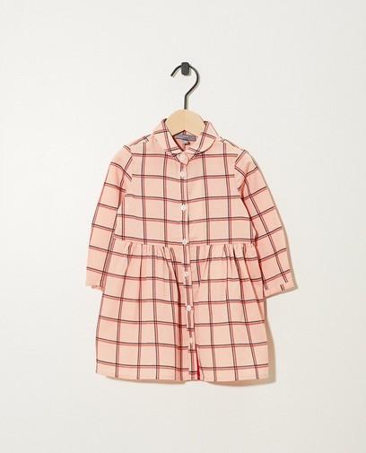 Robe rose, imprimé à carreaux