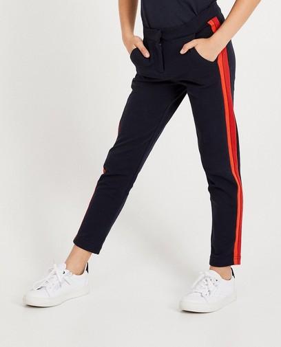 Pantalon bleu foncé à rayures