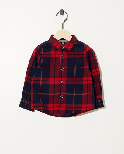 Blauw hemdje met rood ruitpatroon