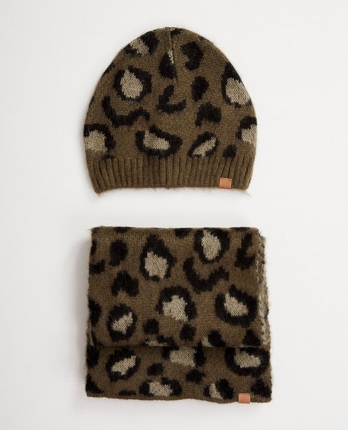 Set: Mütze + Schal mit Fleckendruck - in Grün - JBC