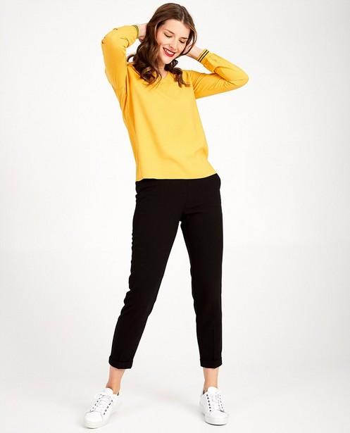 Blouse jaune, col en V Sora - en 2 couleurs - Sora