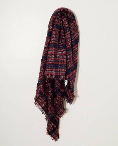 Blauwe sjaal met rood ruitpatroon