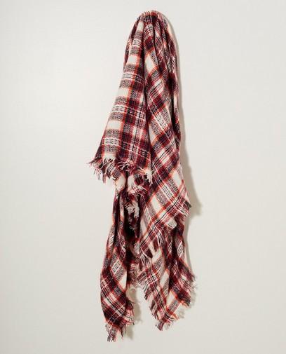 Witte sjaal met rood ruitpatroon