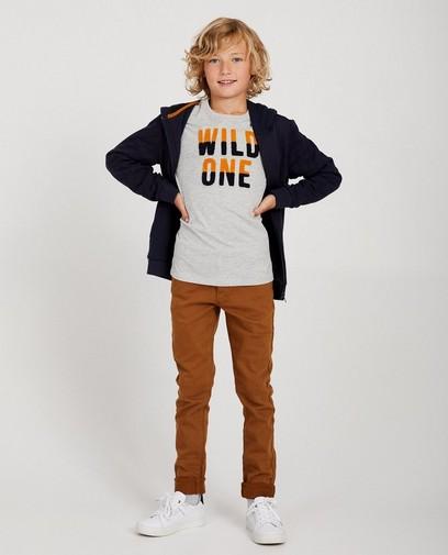 Tendance à l'école: T-shirts avec des inscriptions