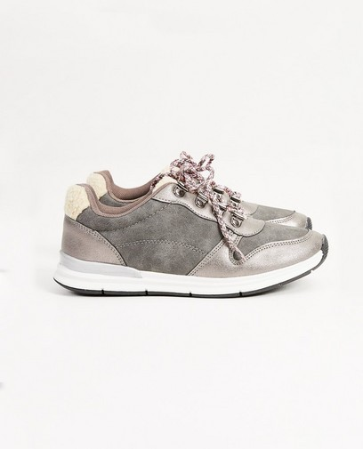 Grijze sneakers, maat 27-32