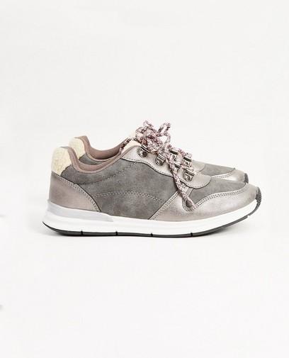 Grijze sneakers, maat 33-38