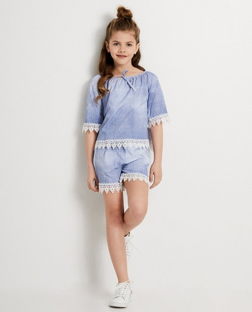 Short bleu Ella Italia - dentelle blanche - elle