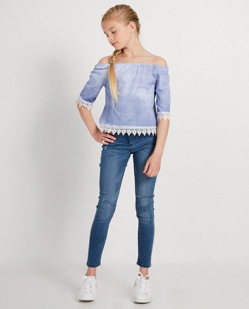 Blauwe blouse met kant Ella Italia - met jeanslook - elle