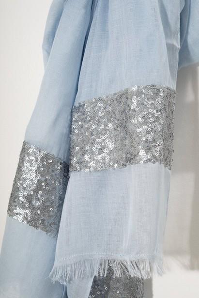 Breigoed - BLL - Lichtblauwe sjaal Sarlini