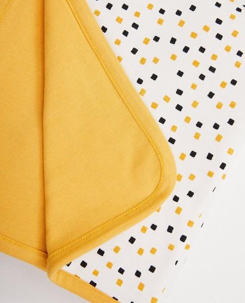 Babyspulletjes - GLD - Okergele deken in biokatoen