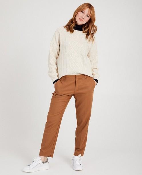 Pull blanc en fin tricot Sora - torsades en tricot - Sora