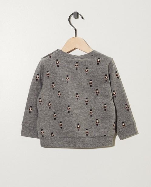 Sweater - AO3 -