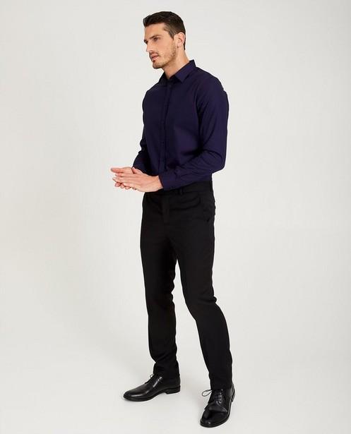 Donkerblauw hemd - met zwarte kraag - Iveo