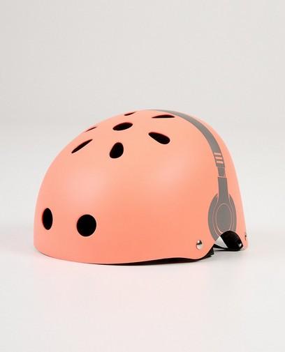Roze helm met hoofdtelefoonprint