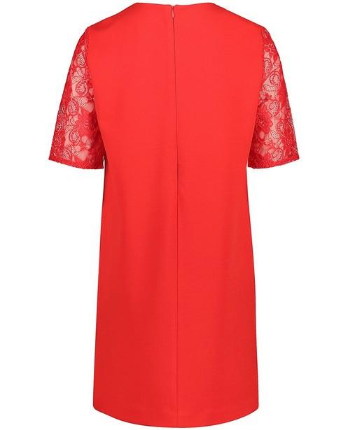 Robes - rood fel -
